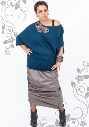 Maxi tunic with decoration and leather skirt Ilina