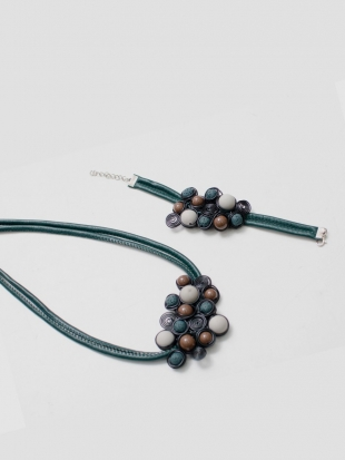 Leather necklace with bracelet M033