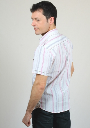 Short sleeve shirt with pink stripes