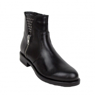 Low ladies boots with hoods and zipper 34255