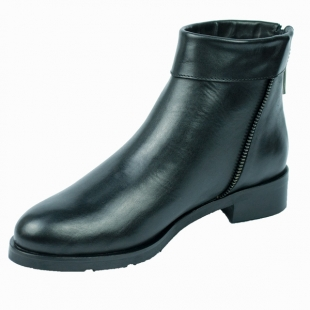 Women's black leather boots with back zip faterning 20457