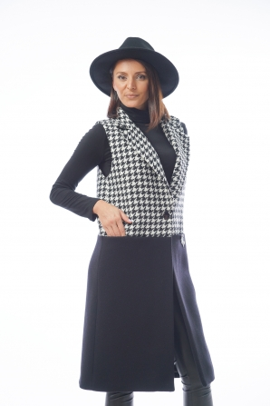 Women's long vest in black and pipit 12003-T24-3