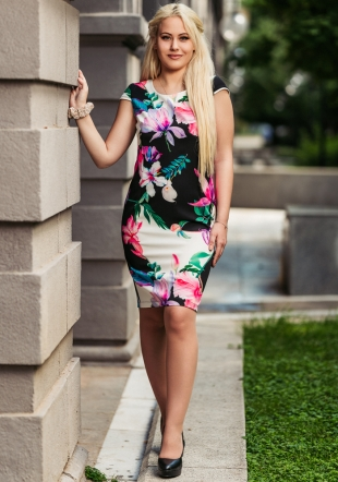 Women's dress with straight silhouette and colored right Avangard