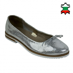 Women's silver suede leather mocassins with ribbon