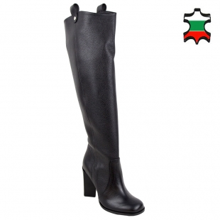 Women's black chagrin leather boots 32808