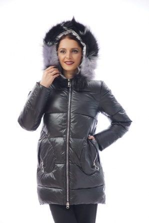 Women's fur coat in black with collar Radeks