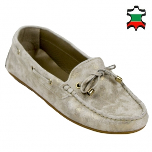 Women's beige leather mocassins with gold effects 32975