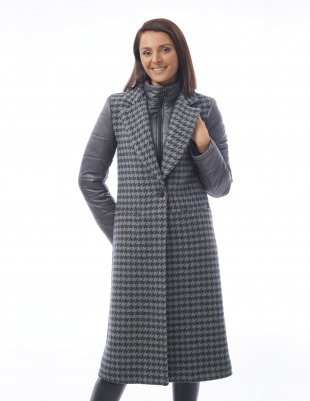 Long women's coat with an interesting design Radeks
