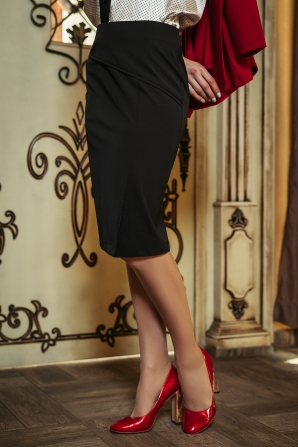 Straight women's skirt with a slit Avangard