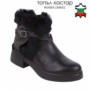 Women's black leather boots with rabbit fur collar 32781