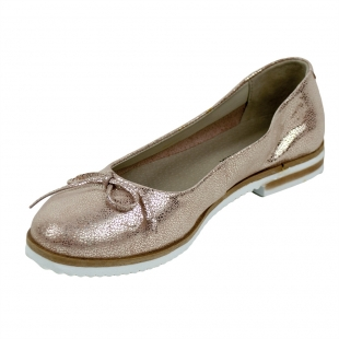 Women's beige suede leather mocassins with ribbon