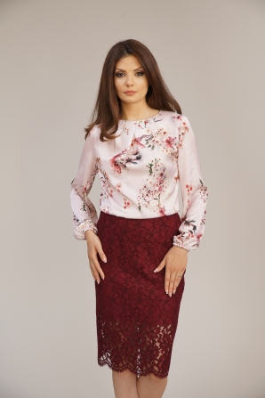 Women's lace skirt in burgundy color 52111-673