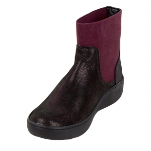 Ladies burgundy boots with elastics 32819