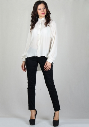 Elegant ecru shirt with lace and tousers RUMENA