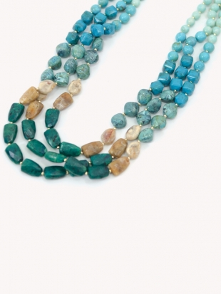 Women's necklace in turquoise color 0385