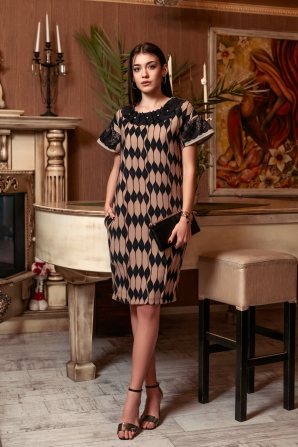Elegant dress with lace decoration Avangard