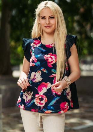 Women's blouse with curls on the sleeves with floral pattern Avangard