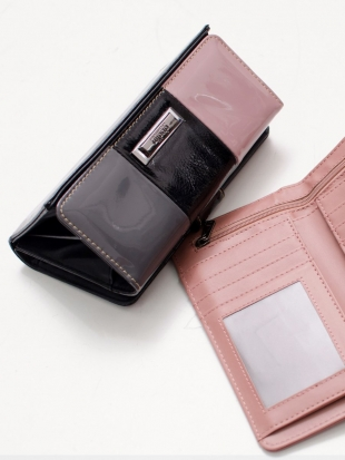 Genuine leather wallet in pink and black M558