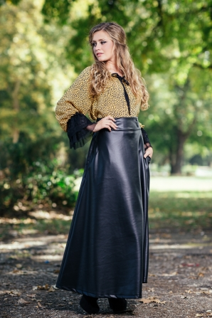 Long leather skirt with pockets Avangard