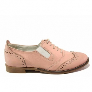 Women's anatomical leather shoes with a flat sole in soft pink 21023