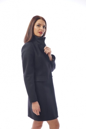 Elegant women's cashmere coat in dark blue Radeks