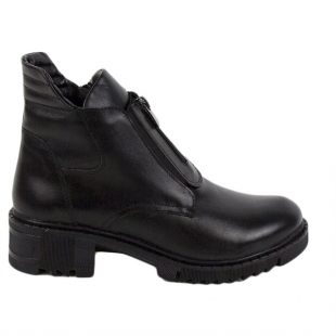 Women's black leather boots 20425